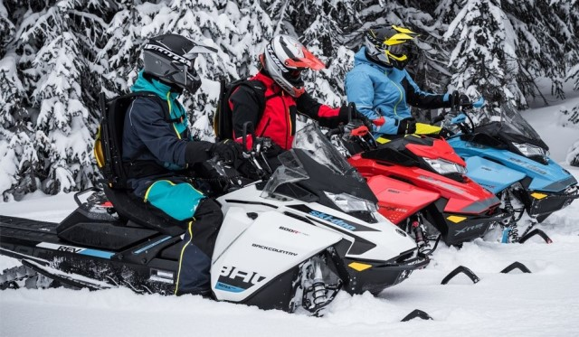 2019-Ski-Doo-Backcountry-Family-1000x569.jpg