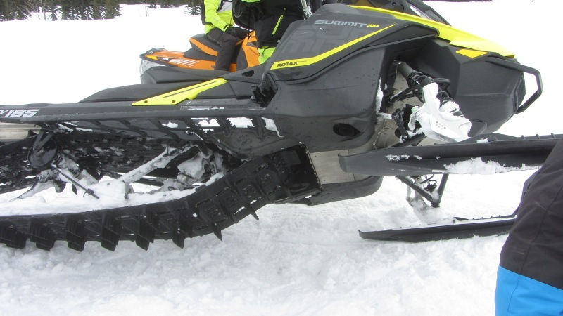 Ski Doo SUMMIT 850 2017 (52).JPG