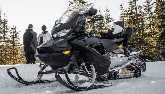 2019-Ski-Doo-Grand-Touring-Limited-1000x569.jpg